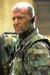 Bruce Willis vaneaza teroristi