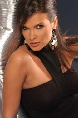 Monica Barladeanu l-a refuzat pe Antonio Sabato jr., Life style,Stiri VIP,Noutati Vedete