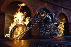 Transformarea Ghost Rider, Exclusiv,Stiri VIP,Noutati Vedete