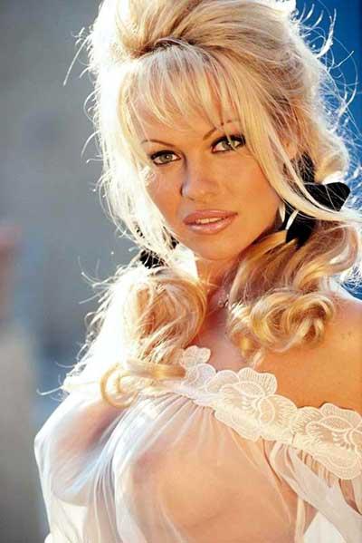 Pamela isi iubeste sanii, Life style,Stiri VIP,Noutati Vedete